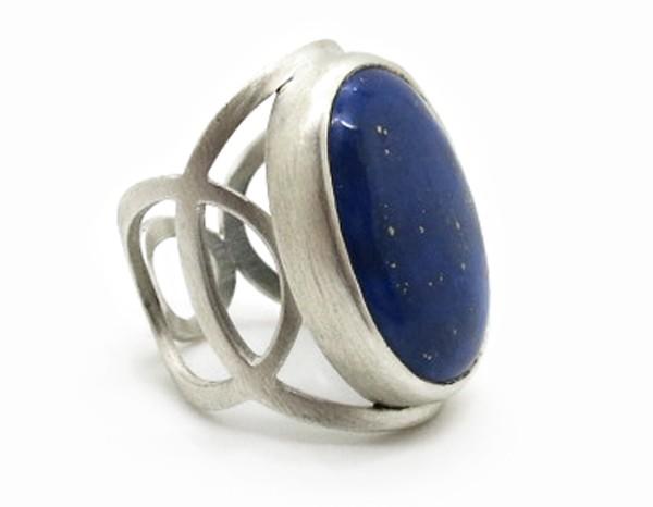Bague de créateur en argent et lapis lazuli